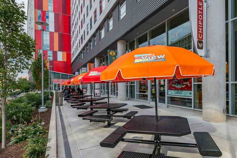 The-View-At-Montgomery-Philadelphia-PA-Outdoor-Seating-Unilodgers