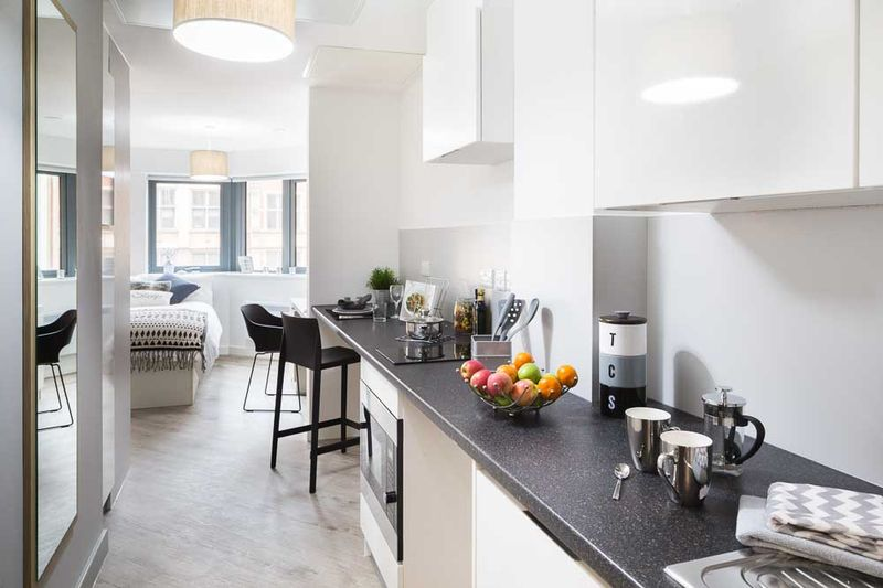 The-Fitzalan-Cardiff-Living-Area-5-Unilodgers