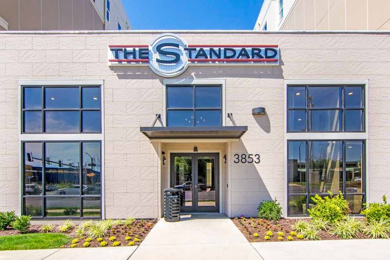 The-Standard-St-Louis-MO-Exterior-2-Unilodgers