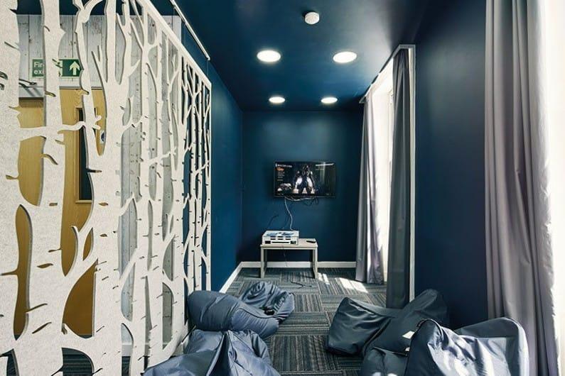 Ty-Willis-House-Bangor-Games-Room-Unilodgers