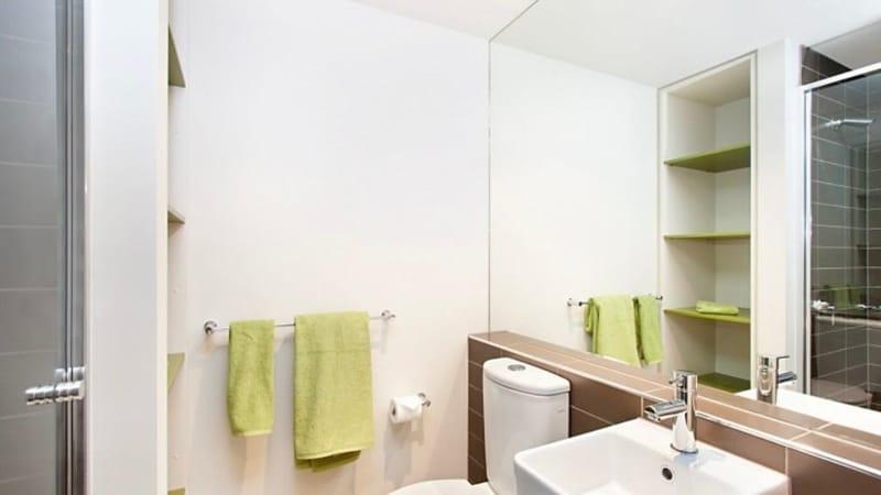 Unilodge Vivida-Melbourne-Bathroom-Unilodgers