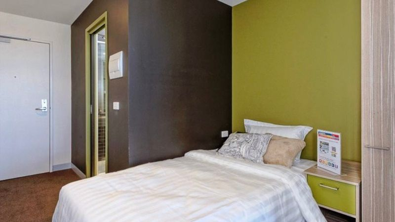 Unilodge Vivida-Melbourne-Bedroom-Unilodgers
