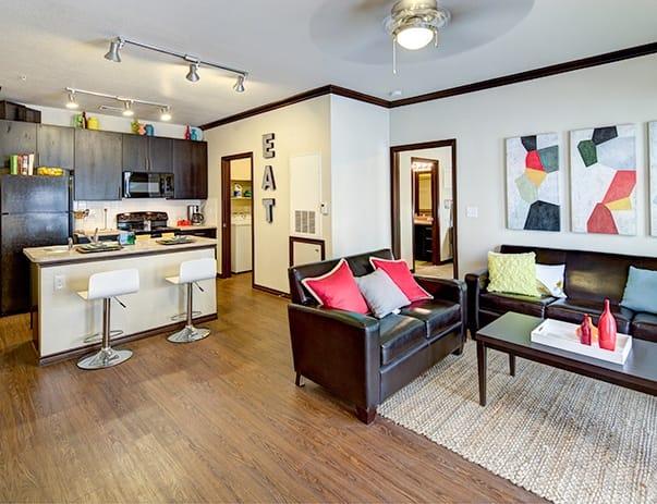 Vistas-San-Marcos-Living-Room-Unilodgers