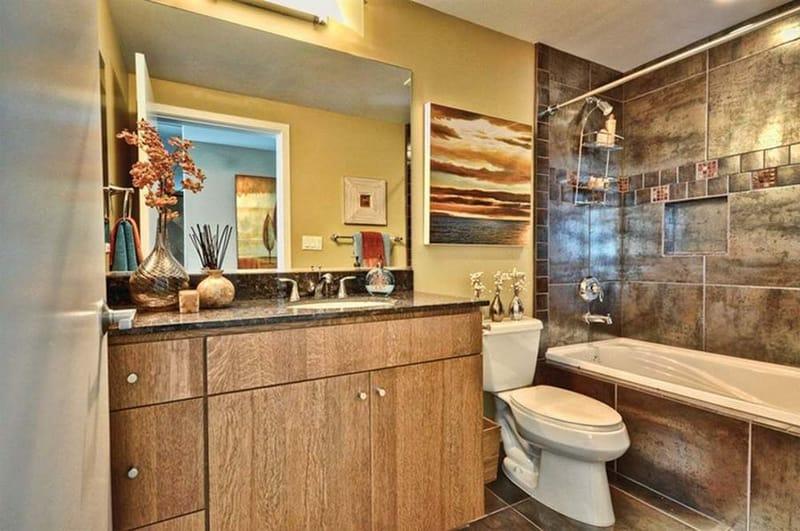 West-6th-Tempe-AZ-Bathroom-Unilodgers