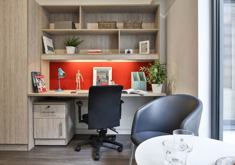 iQ-Bloomsbury-London-Gold-Studio-Plus-Study-Desk-1-Unilodgers