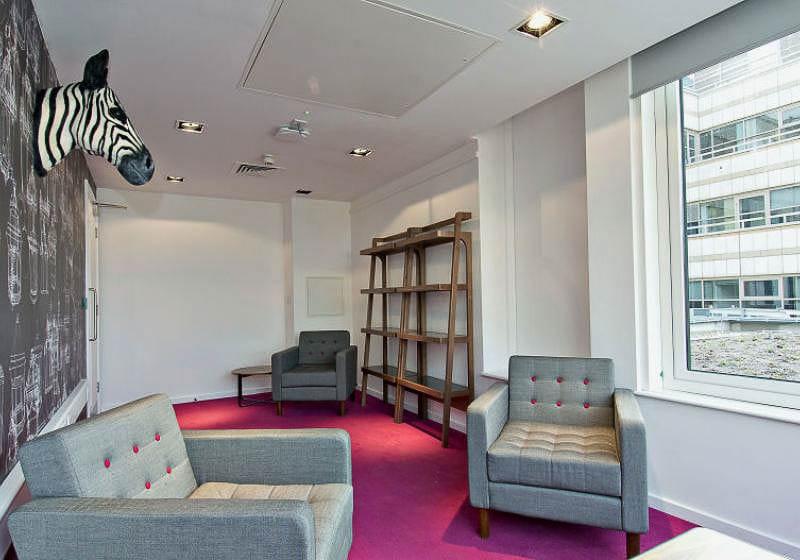iQ-Bloomsbury-London-Reading-Room-1-Unilodgers