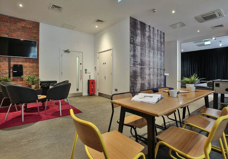 iQ-Bloomsbury-London-Social-Space-1-Unilodgers
