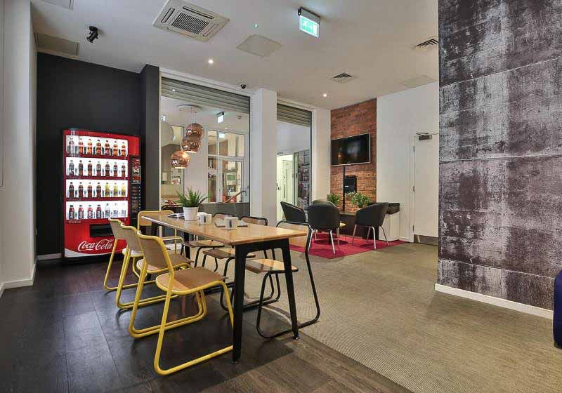 iQ-Bloomsbury-London-Social-Space-2-Unilodgers