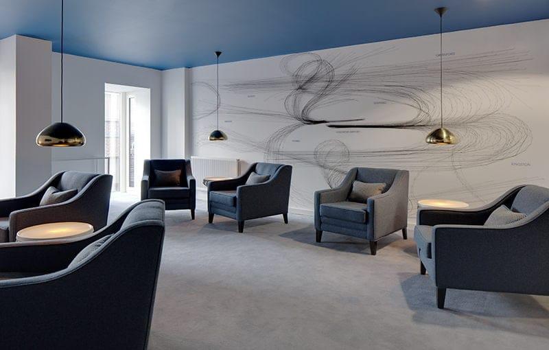 iQ-Shoreditch-London-Lounge-1-Unilodgers