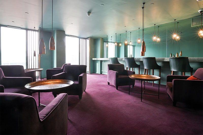 iQ-Shoreditch-London-Social-Space-1-Unilodgers