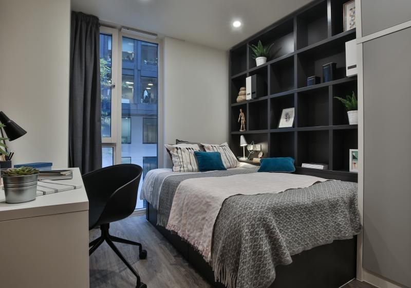 iQ-Shoreditch-London-Two-Bedroom-Apartment-Unilodgers