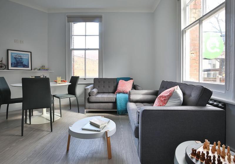 iQ-Tufnell-House-London-Grad-Gold-En-Suite-Plus-Shared-Living-Room-Unilodgers