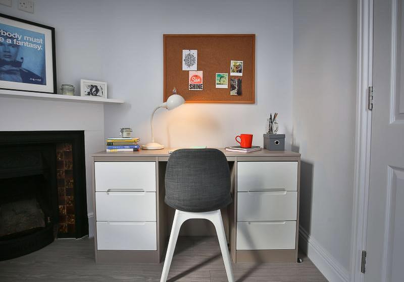 iQ-Tufnell-House-London-Grad-Gold-En-Suite-Plus-Study-Desk-Unilodgers