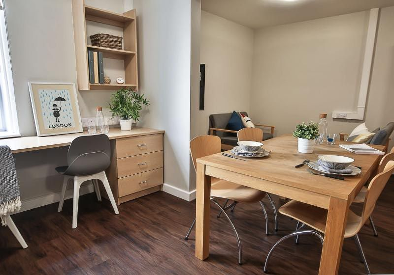 iQ-Tufnell-House-London-Platinum-One-Bed-Shared-Kitchen-1-Unilodgers