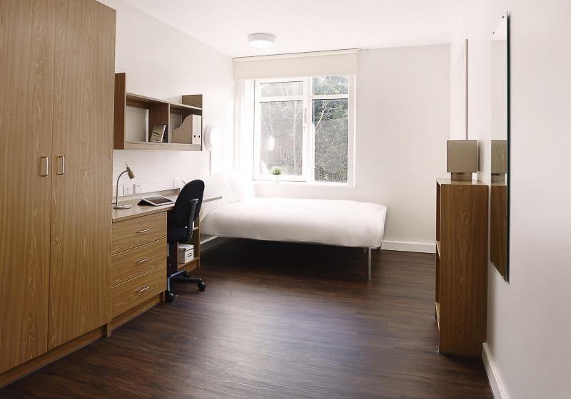 iQ-Tufnell-House-London-Silver-En-Suite-Plus-Unilodgers