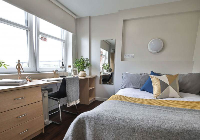 iQ-Tufnell-House-London-Silver-Studio-2-Unilodgers