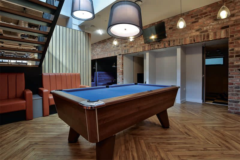 iQ-Wilmslow-Park-Manchester-Pool-Table-Unilodgers