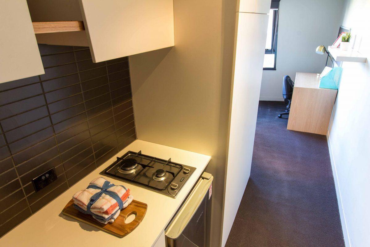 131PelhamStreetCarlton-Melbourne-Kitchen-Unilodgers