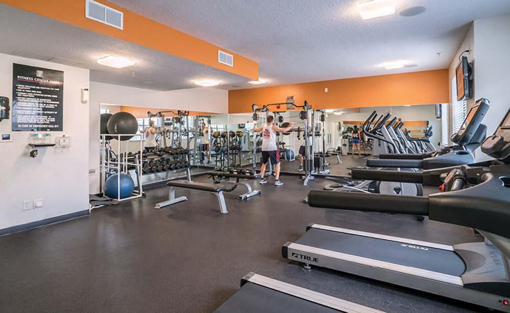 13th-Street-Gainesville-FL-Gym-Unilodgers
