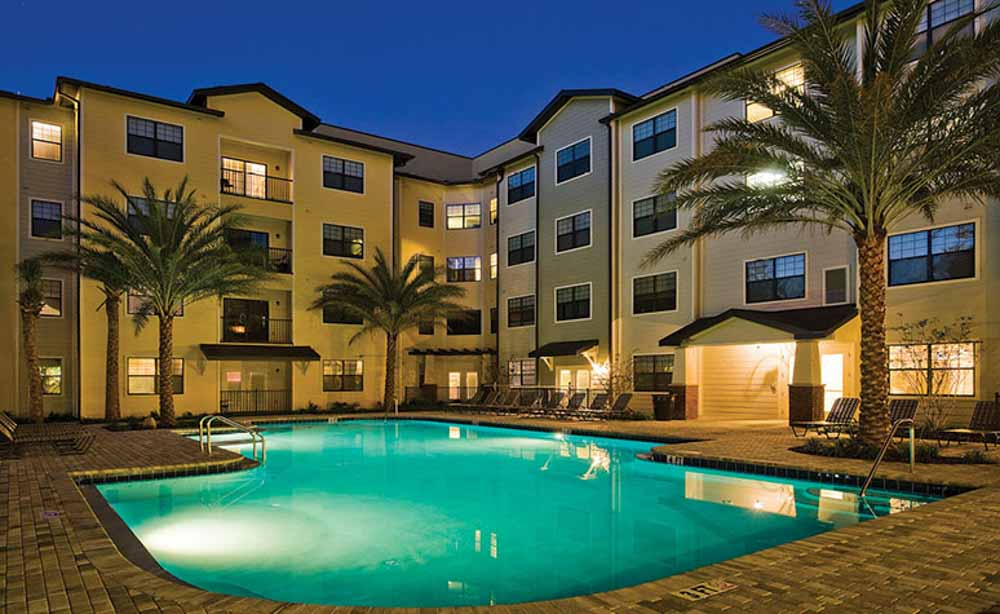 13th-Street-Gainesville-FL-Swimming-Pool-Unilodgers