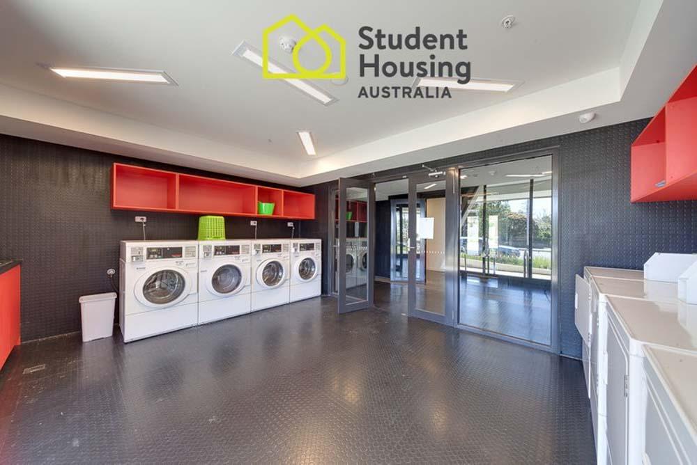 Burwood-Highway-Melbourne-Standard-Studio-Laundry-Unilodgers