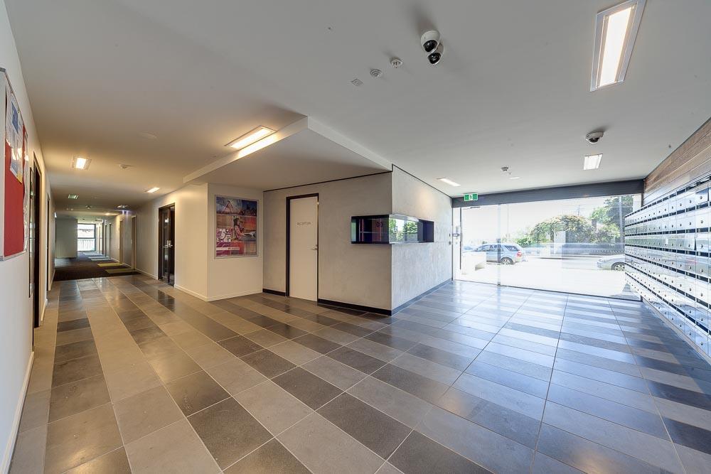 Burwood-Highway-Melbourne-Standard-Studio-Lobby-Unilodgers