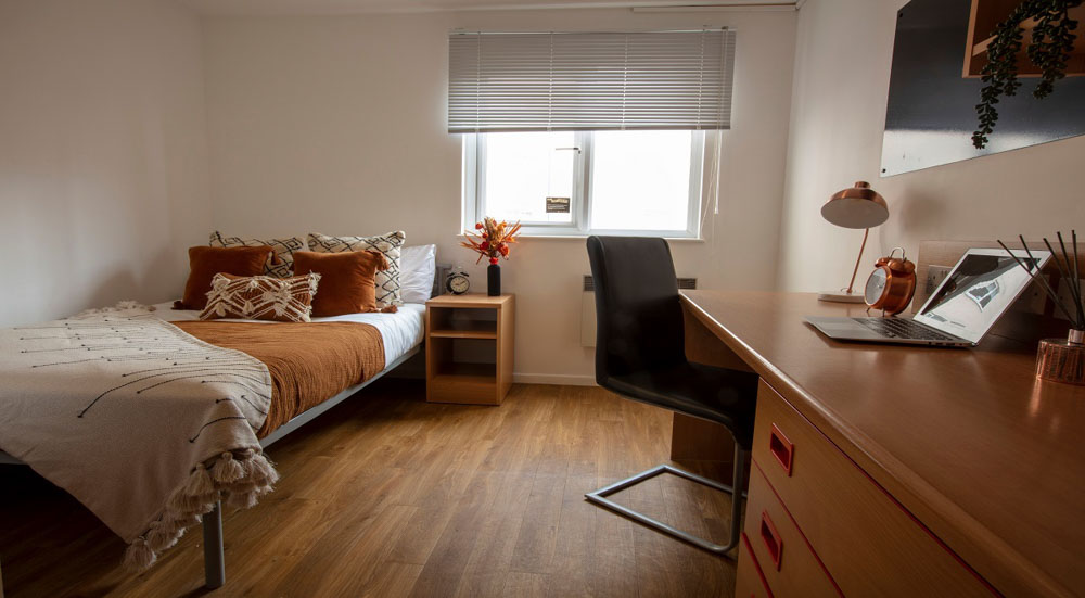 Firhill-Court-Glasgow-Bedroom-Unilodgers.jpg