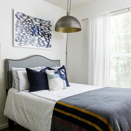 Carrollton-Crossing-Carrollton-GA-Bedroom1-Unilodgers