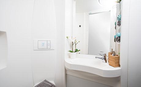 Harriet-Martineau-Birmingham-Bathroom-Unilodgers
