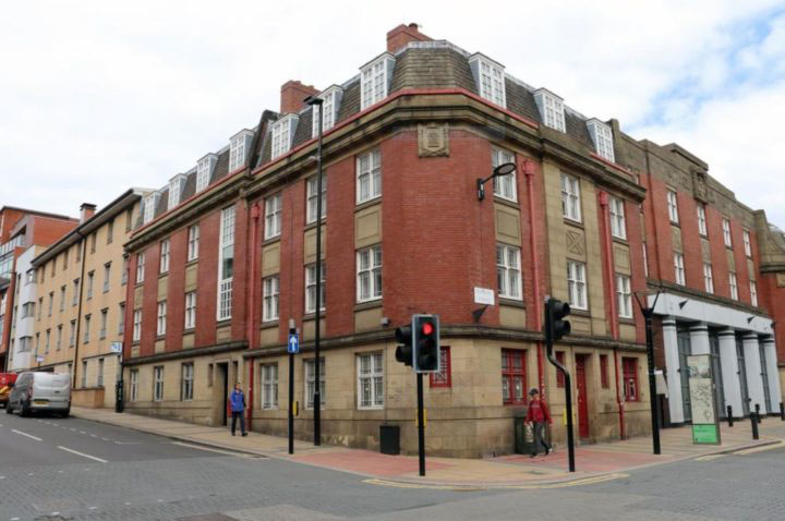 Phoenix-Court-Sheffield-External-View-Unilodgers