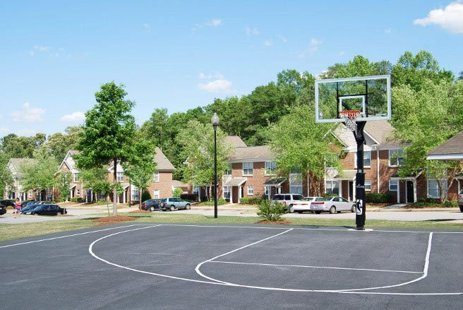 _The_Townhomes_at_River_Club-Athens-GA-Basketball-Court-Unilodgers