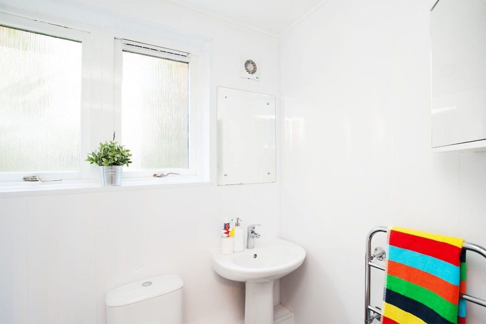 Sunlight-Apartments-London-Bathroom-Area-Unilodgers