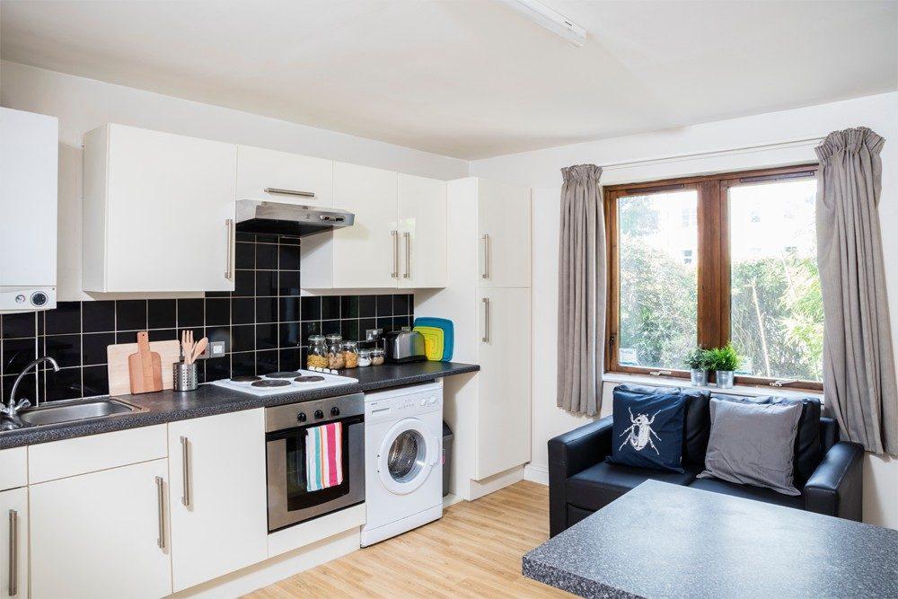 Sunlight-Apartments-London-Kitchen-Area-Unilodgers