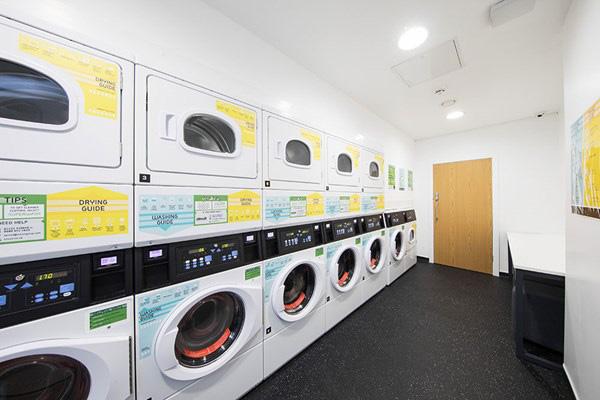 Battery-Park-Birmingham-Laundry-Room-Unilodgers.jpg