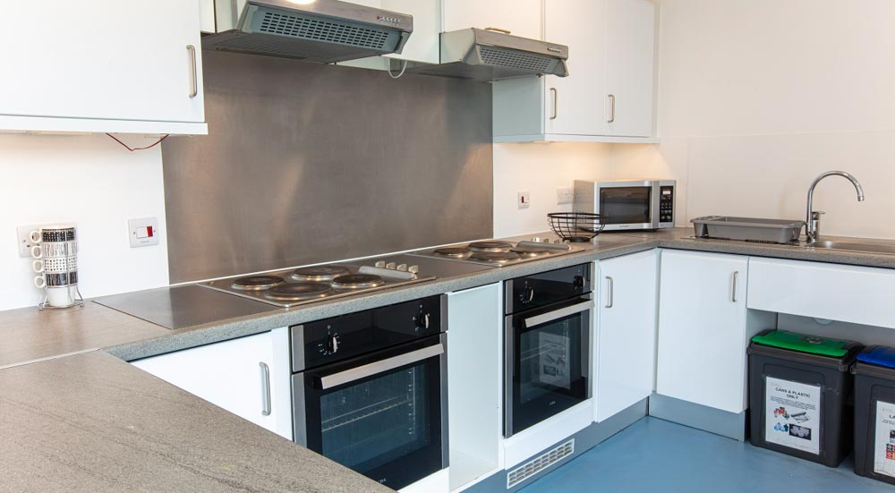 East-Shore-St-Andrews-Kitchen-Unilodgers