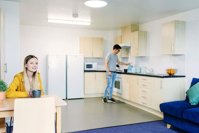 Liberty-Park-Bedford-Kitchen-Unilodgers