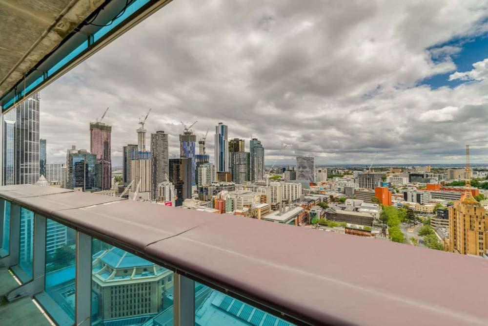 2908-22-Jane-Bell-Lane-Melbourne-Student-Accommodation-Melbourne-Balcony-Unilodgers