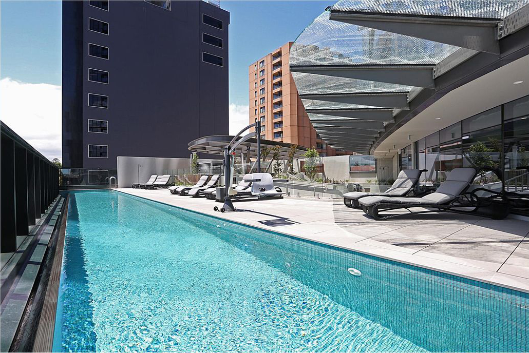 1404-9-23-Mackenzie-Street-Melbourne-Student-Accommodation-Melbourne-Swimming-Pool-2-Unilodgers