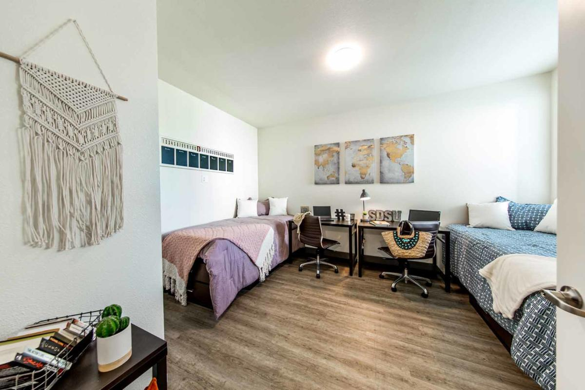 Prisma-Student-Housing-San-Diego-CA-Bedroom2-Unilodgers.jpg
