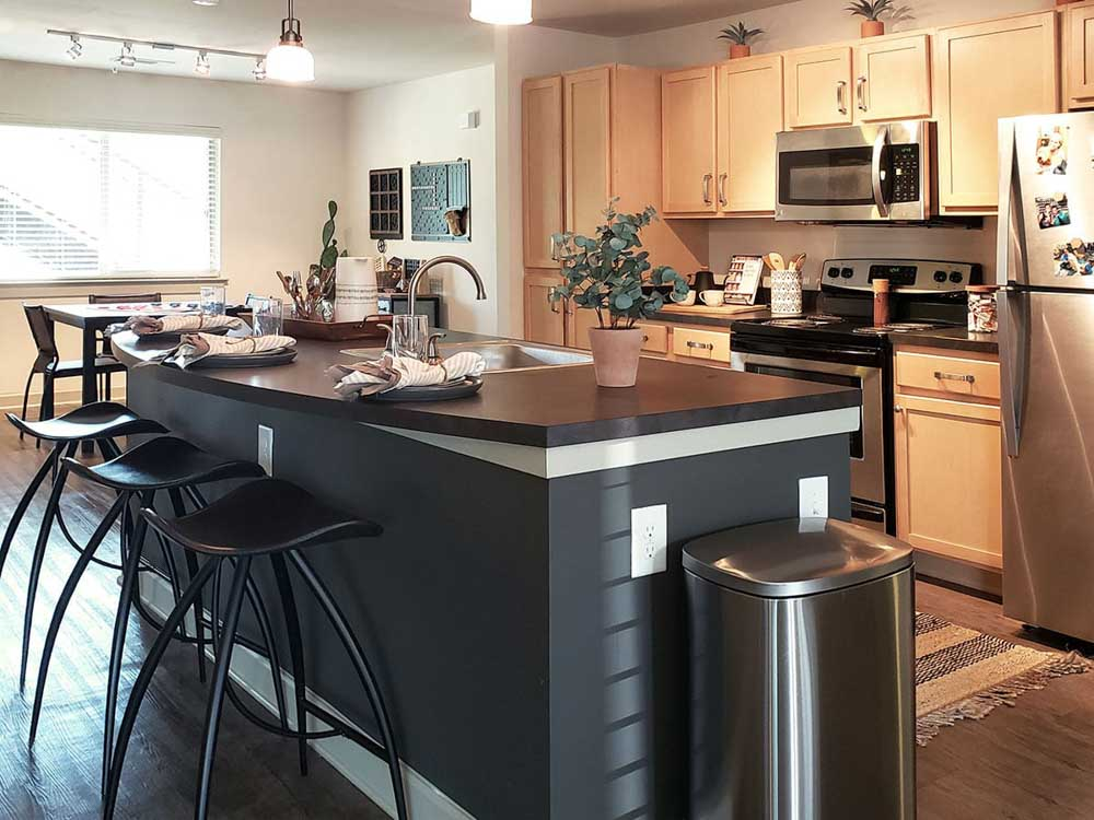 Redpoint-West-Tennessee-Tallahassee-FL-Kitchen-Unilodgers
