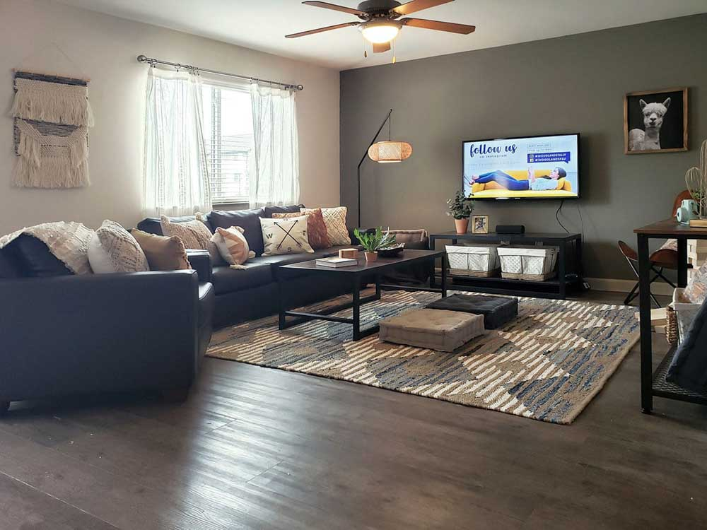 Redpoint-West-Tennessee-Tallahassee-FL-Living-Area-Unilodgers