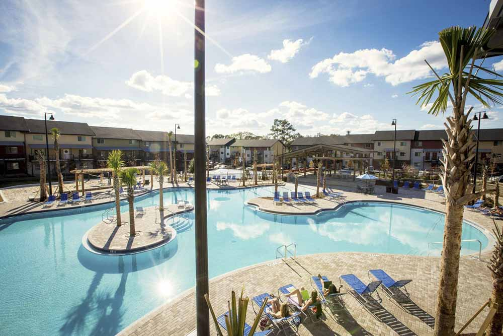 Redpoint-West-Tennessee-Tallahassee-FL-Swimming-Pool-Unilodgers