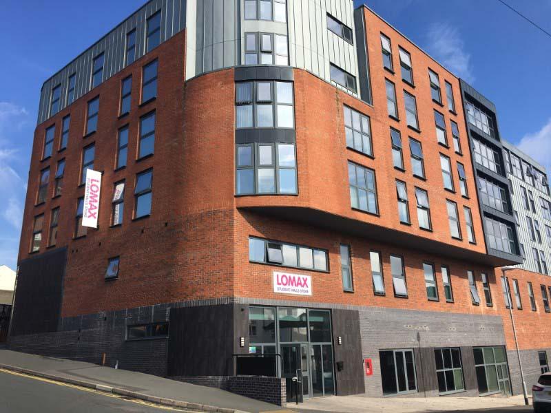 Lomax-Halls-Stoke-on-Trent-Exterior-View-Unilodgers