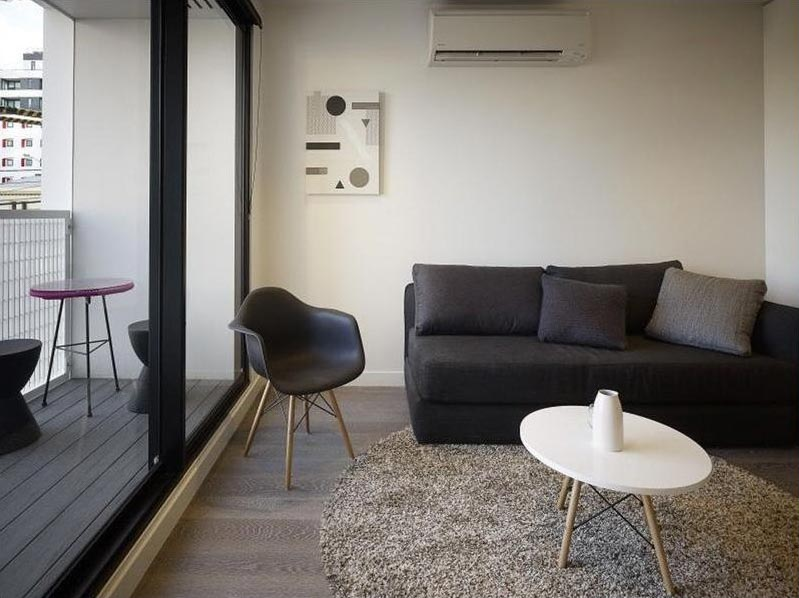 Swanston-Street-Carlton-Student-Accommodation-Melbourne-Living-Area-2-Unilodgers
