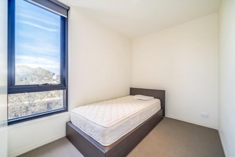 304-253-Franklin-Street-Melbourne-Student-Accommodation-Melbourne-Bedroom-Unilodgers