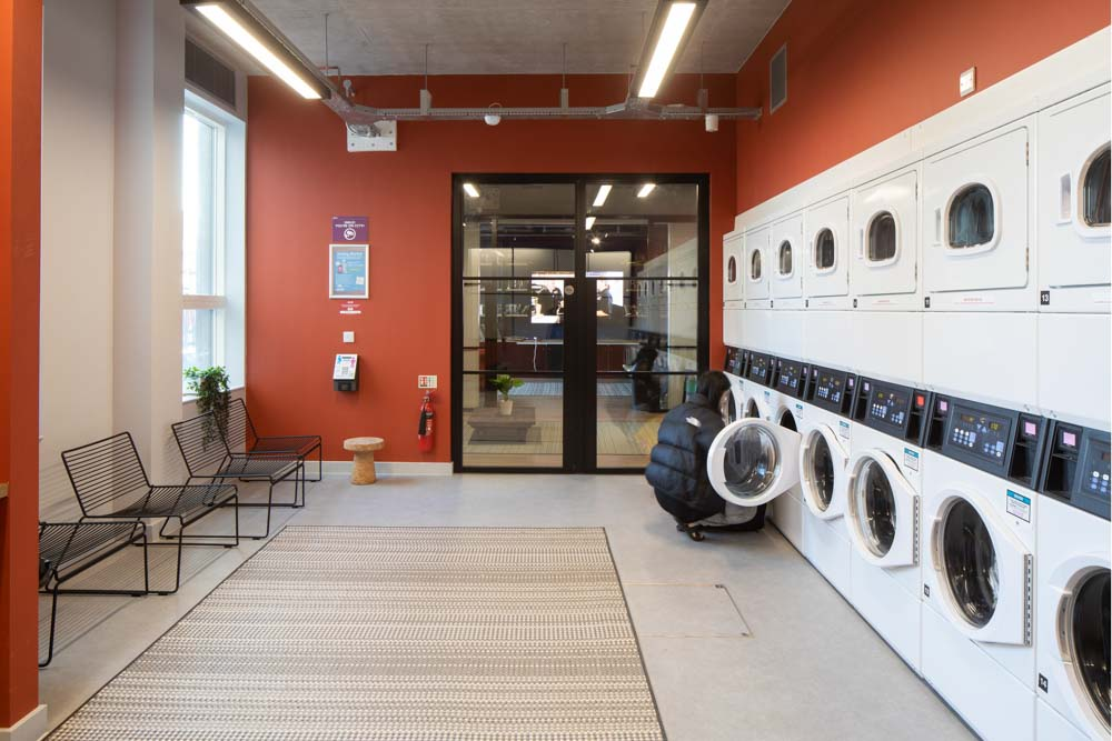 The_West_Wing-Cardiff-Laundry-Room-Unilodgers