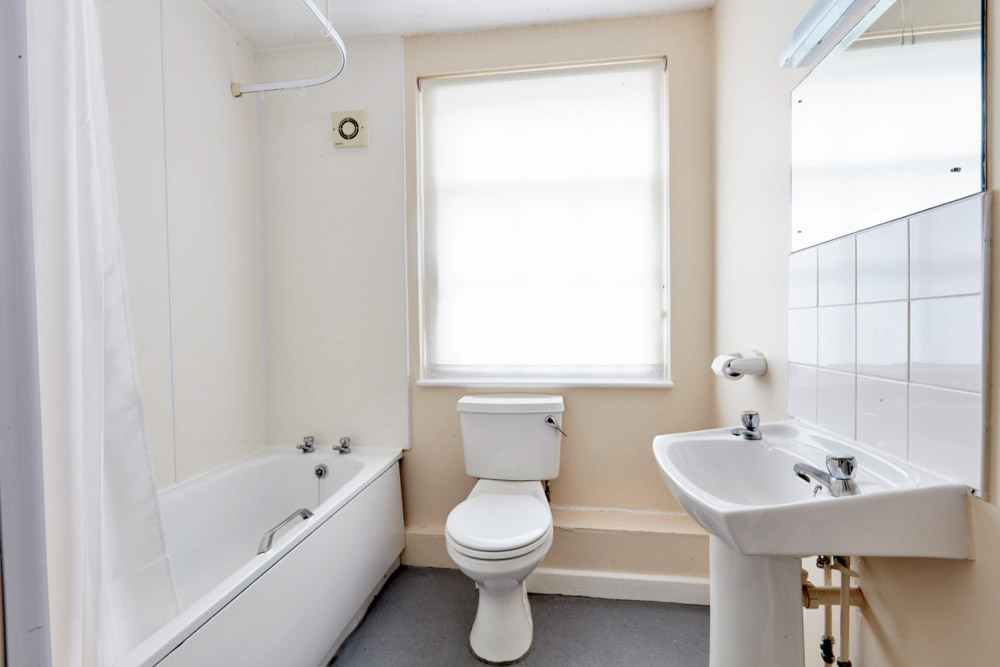 Agnes-Jones-House-Liverpool-Bathroom-Unilodgers