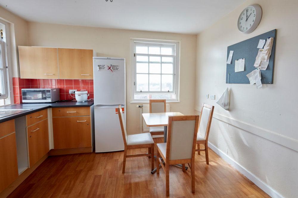Agnes-Jones-House-Liverpool-Dining-Area-Unilodgers