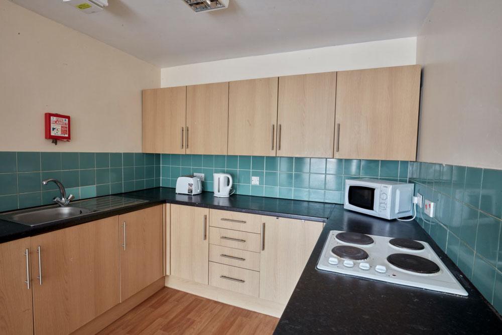 Agnes-Jones-House-Liverpool-Kitchen-2-Unilodgers