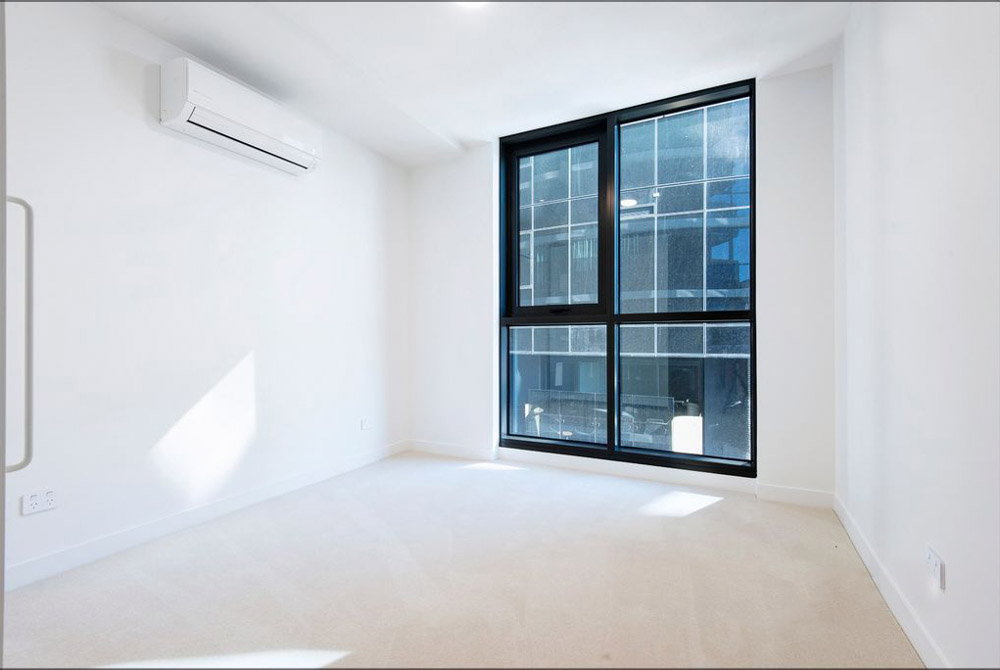 601-12-Queens-Road-Melbourne-Student-Accommodation-Melbourne-Bedroom-2-Unilodgers